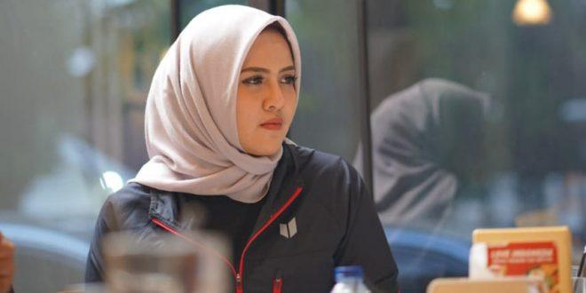Nirmala Dewi Humas Panitia Kejuaraan Boling Nasional. FOTO : VIRALSUMSEL.COM