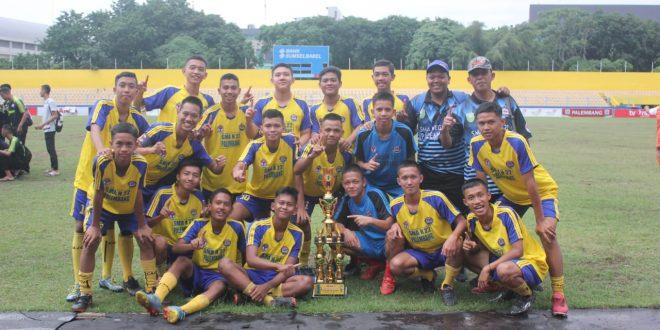Skuat SMA N 22 Palembang siap hadapi Turnamen U-18 Sriwijaya FC. FTOTO : VIRALSUMSEL.COM