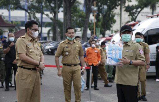 SMK Provinsi Sumsel bikin APD sendiri untuk antisipasi virus Corona. FOTO : VIRALSUMSEL.COM
