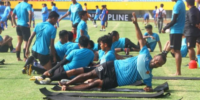 Sriwijaya FC belum putuskan pemotongan gaji pemain. FOTO : VIRALSUMSEL.COM