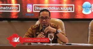 Ahmad Zulinto Kepala Dinas Pendidikan Kota Palembang. FOTO : VIRALSUMSEL.COM