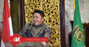 Gubernur Sumsel H Herman Deru hadiri HUT Kabupaten Banyuasin ke-18 secara virtual dari Griya Agung, (3/7 /2020). FOTO :VIRALSUMSEL.COM