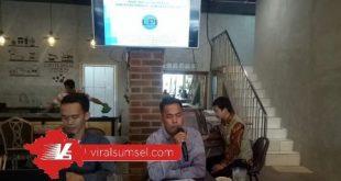 Direktur Eksekutif LPI, Zainul Rifqi berikan keterangan pada awak media. FOTO :VIRALSUMSEL.COM