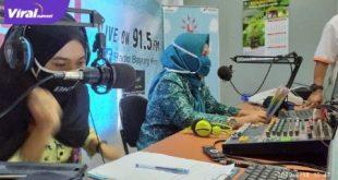 TP PKK Kecamatan Bayung Lencir Kabupaten Musi Banyuasin inisiasi program belajar dari rumah lewat radio. FOTO :VIRALSUMSEL.COM