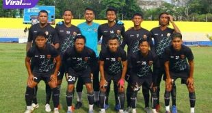 Starting eleven Sriwijaya FC saat uji coba melawan PS Bhayangkara Sriwijaya. FOTO :VIRALSUMSEL.COM