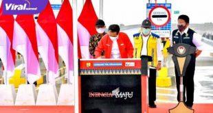 Presiden RI H Joko Widodo didampingi Gubernur Sumsel H Herman Deru resmikan Tol Kapal Betung. FOTO :VIRALSUMSEL.COM