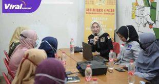 Amaliah Sobli S.KG MBA Anggota DPD RI Dapil Sumsel Sosialisasikan Empat Pilar dalam Berbangsa dan Bernegara pada komunitas di Sumsel. FOTO :VIRALSUMSEL.COM