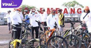 Kader PKS Palembang Start gowes di BKB. FOTO :VIRALSUMSEL.COM