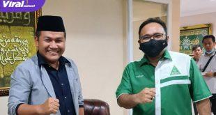 Yaqut Cholil Qoumas Menteri Agama dan Ahmad Zarkasih Wakil Ketua DPRD Banyuasin. FOTO : VIRALSUMSEL.COM