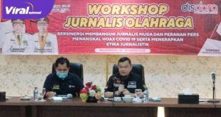 H Hendri Zainuddin Ketua Umum KONI Sumsel jadi narasumber dalam Workshop Jurnalis Olahraga. FOTO : VIRALSUMSEL.COM