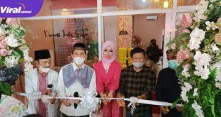 DR Hj Imela Guswindari Lubis ST MM owner Princes Imela Salon saat Grand Opening. FOTO : VIRALSUMSEL.COM