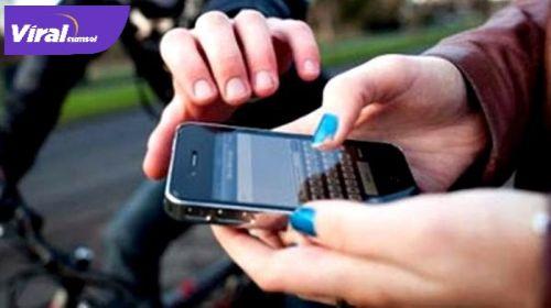 Ilustrasi jambret handphone. FOTO : NET