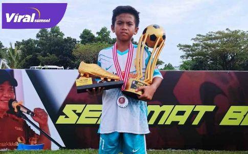 Muhammad Rizky Aditya penyerang SSB Martapura FC. FOTO : VIRALSUMSEL.COM