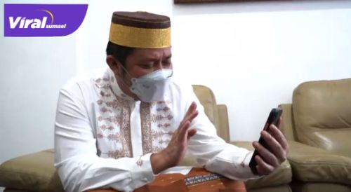 Gubernur Sumsel H Herman Deru saat vido call dengan Christina Ramauli Simatupang. FOTO : VIRALSUMSEL.COM