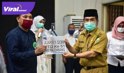 Plh Asisten I Bidang Pemerintahan dan Kesra Pemprov Sumsel H. Ahmad Najib hadiri menutup PTQ, Senin (19/4/2021). FOTO : VIRALSUMSEL.COM