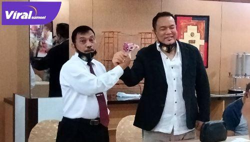 Dua calon ketua Percasi Sumsel, Yulian Gunhar dan Ari Tonang. FOTO:VIRALSUMSEL.COM