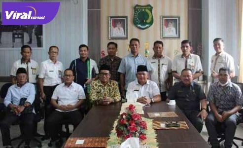 Anggota DPRD Kabupaten Musi Rawas Utara kunker ke Dinas Pendidikan dan Kebudayaan Musi Banyuasin, Senin ( 26/4/2021 ). FOTO : VIRALSUMSEL.COM
