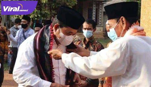 Bupati Banyuasin, H Askolani Jasi, SH, MH mengunjungi Desa Durian Gadis, Kecamatan Rambutan, Rabu (28/04/2021). FOTO : VIRALSUMSEL.COM